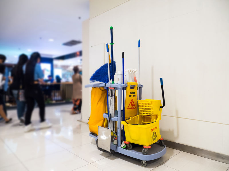 Commercial Cleaning Cart